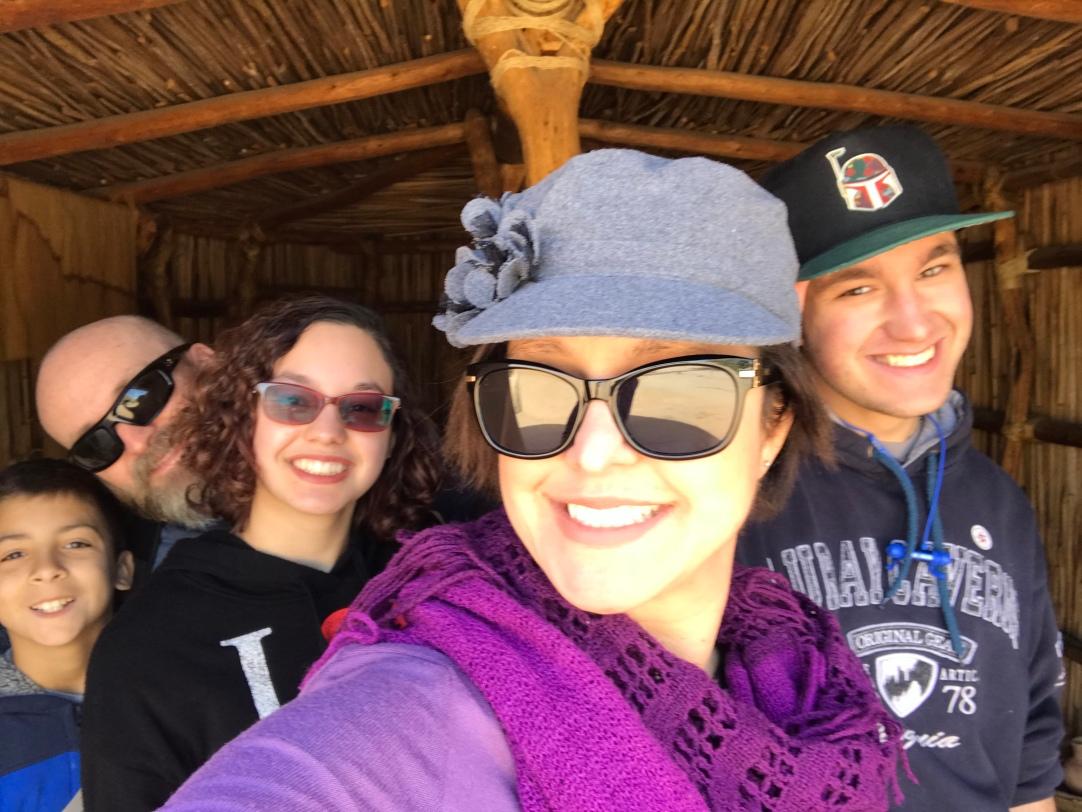 Hohokam Pueblo Museum (Phoenix, AZ) Family Selfie time